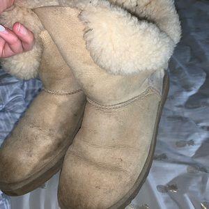 Bailey Button Tan Ugg Boots